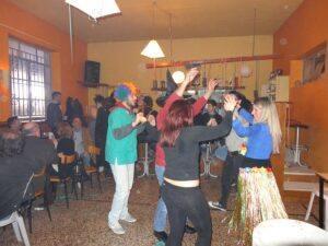 Χορός με μασκαράδες